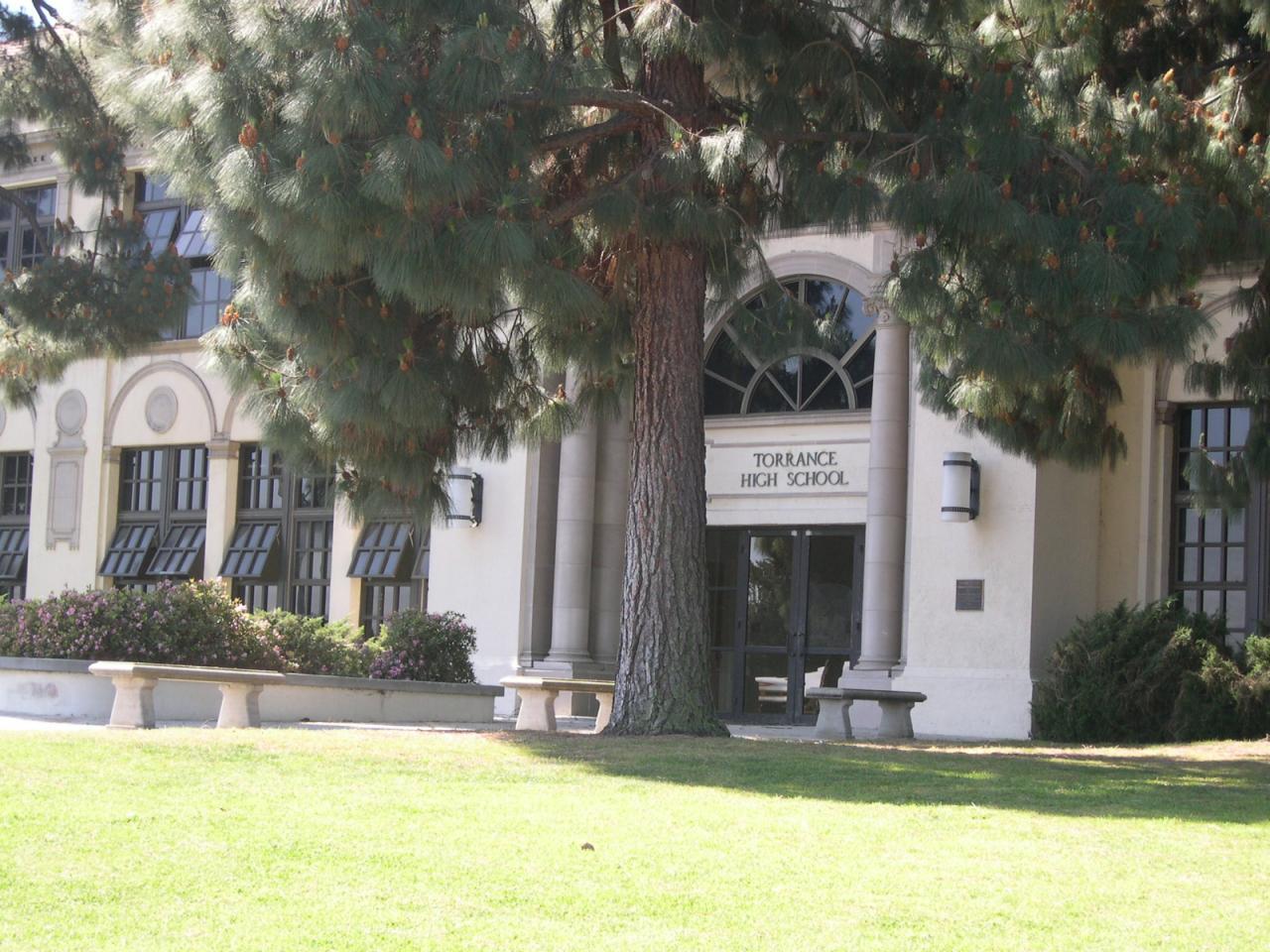 Sunnydale High (Torrance High)