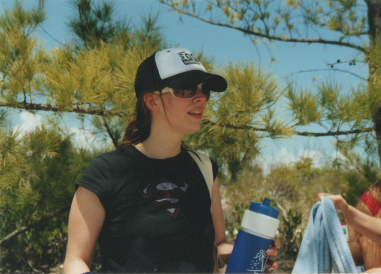 SC 2005 Amber Benson on the beach