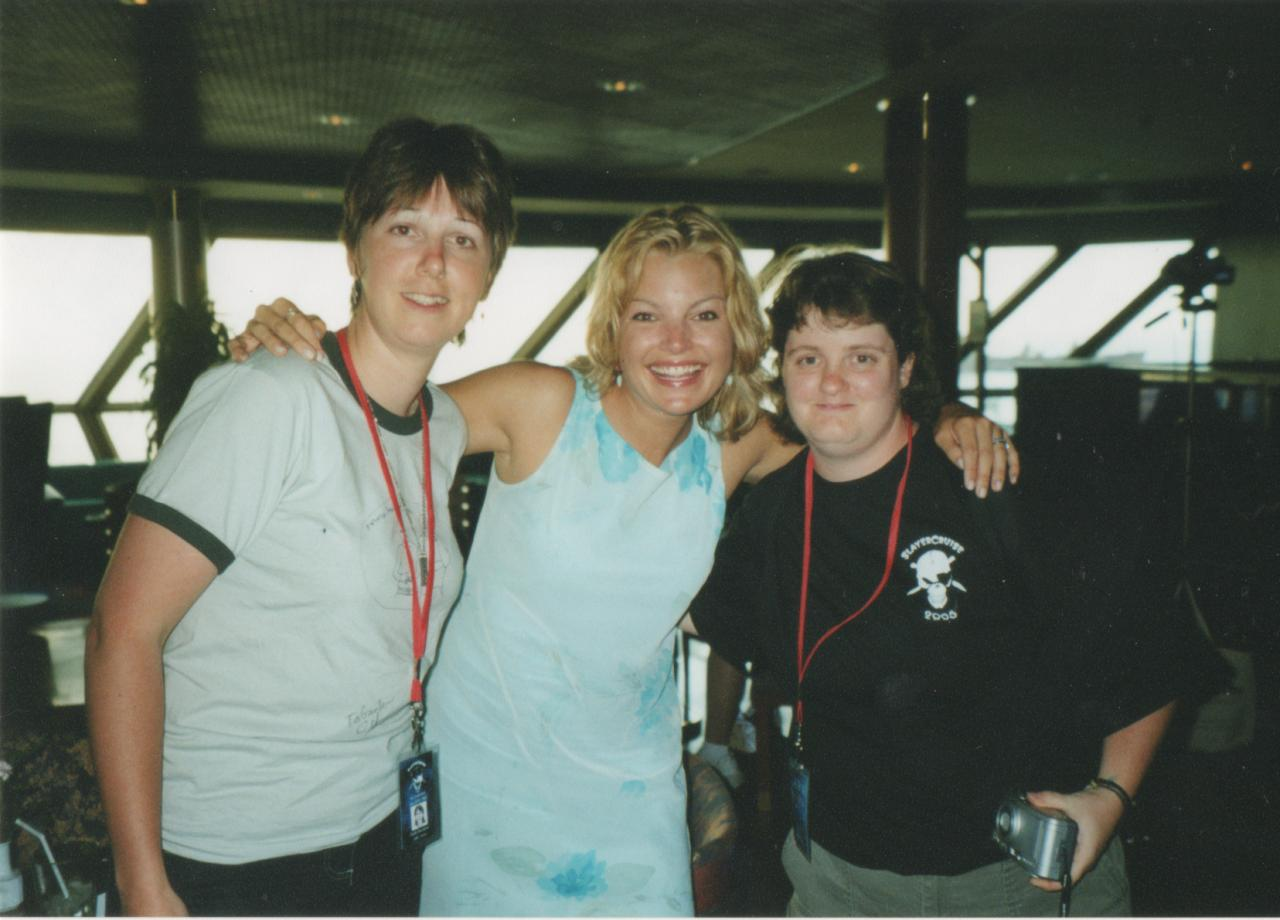 SC 2005 Clare Kramer, my friend Cindy & I